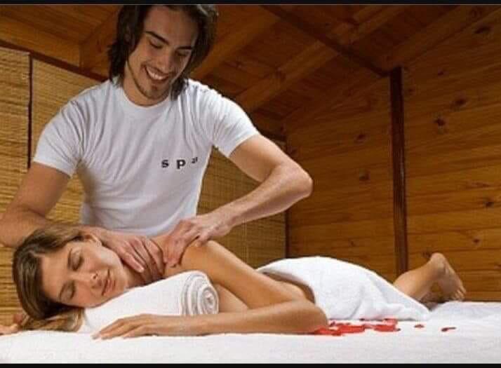 massage-yoni-cho-nu-tai-nha